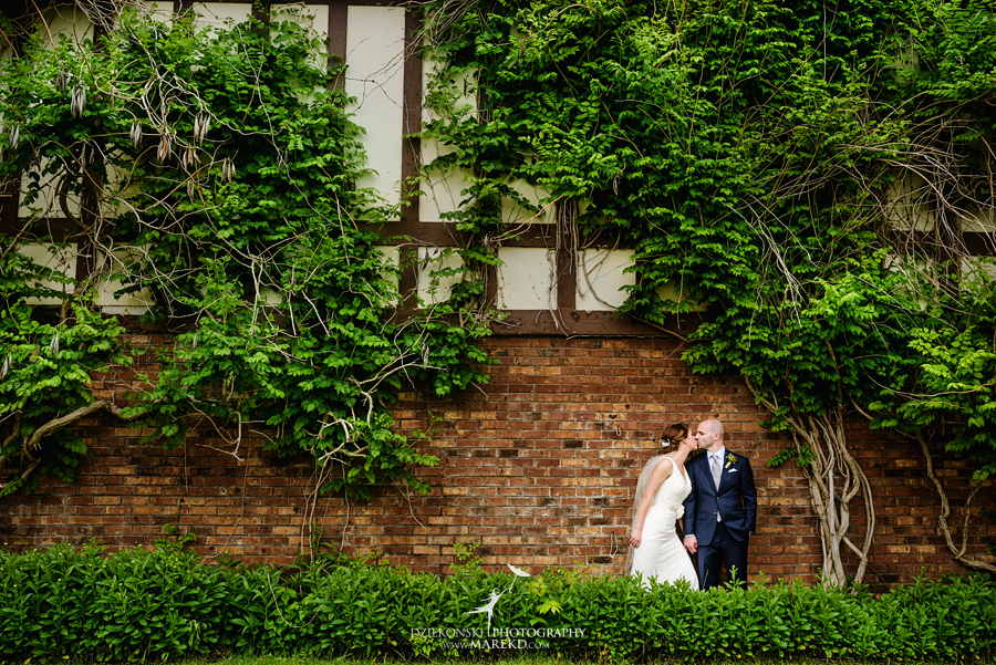 sandi-john-wedding-ceremony-reception-photographer-lake-orion-indianwood-golf-country-club-summer-june-first-look-photojournalistic29