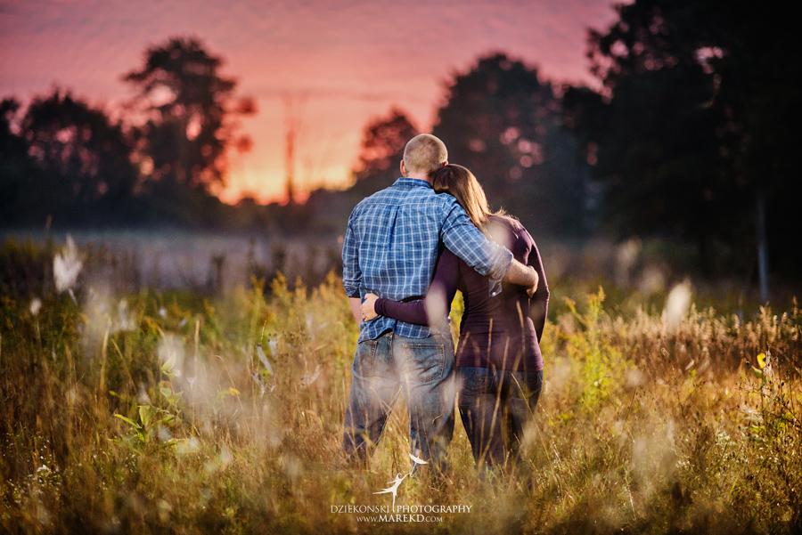 lynn-kirk-sunrise-engagement-session-clarkston-michigan-photographer-wedding-fall03