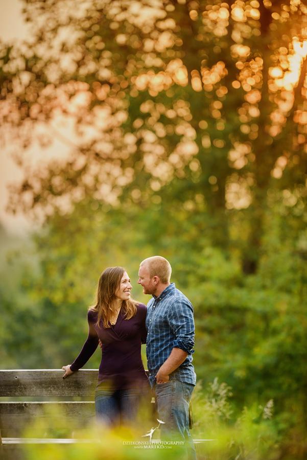 lynn-kirk-sunrise-engagement-session-clarkston-michigan-photographer-wedding-fall08
