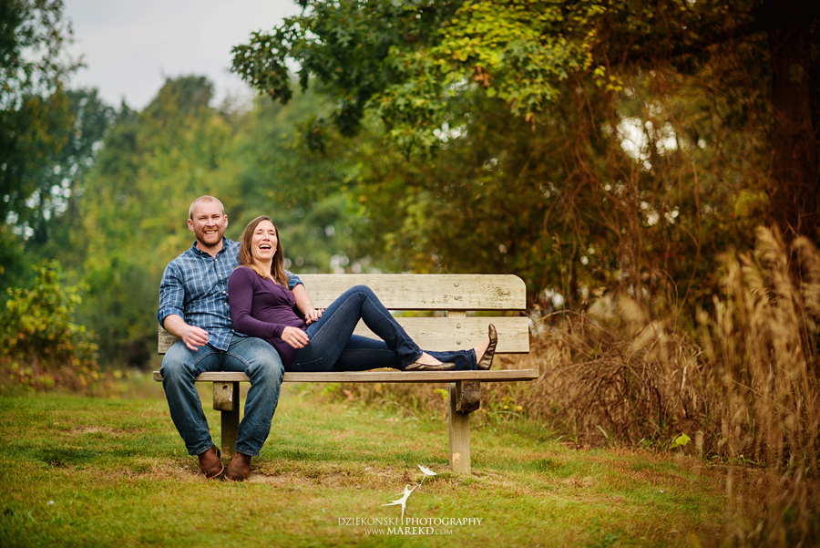 lynn-kirk-sunrise-engagement-session-clarkston-michigan-photographer-wedding-fall09