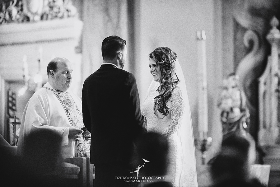 Emily-Ryan-wedding-ceremony-reception-detroit-historical-museum-downtown-central-depot-michigan091