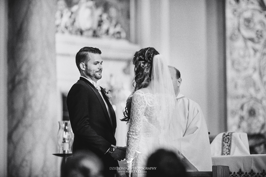 Emily-Ryan-wedding-ceremony-reception-detroit-historical-museum-downtown-central-depot-michigan092