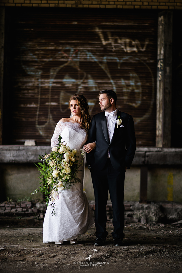 Emily-Ryan-wedding-ceremony-reception-detroit-historical-museum-downtown-central-depot-michigan104