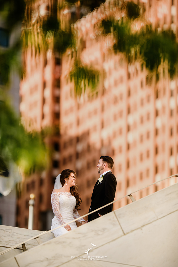 Emily-Ryan-wedding-ceremony-reception-detroit-historical-museum-downtown-central-depot-michigan111