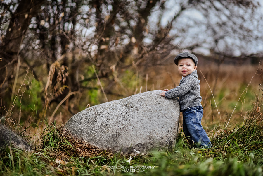 Jeremy-Frances-baby-family-fall-michigan-clarkston-session-pictures-photographer-colors-cute-outfits02