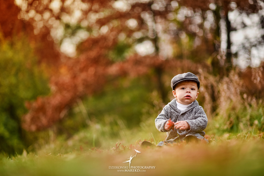 Jeremy-Frances-baby-family-fall-michigan-clarkston-session-pictures-photographer-colors-cute-outfits05