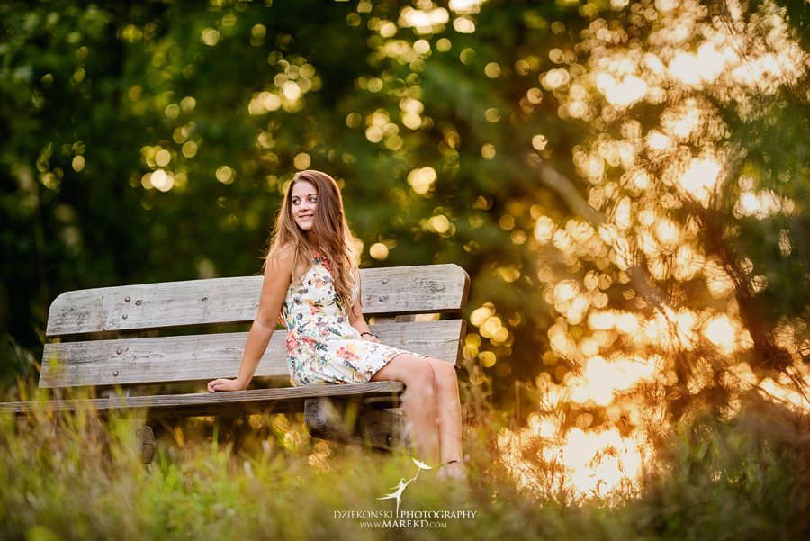 isabela-ebbert-senior-session-pictures-photos-photographer-michigan-clarkston-nature-field-flowers-sky-dress-ideas3