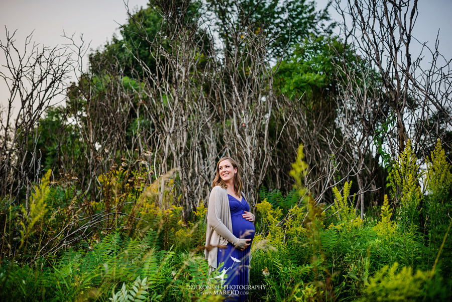 katie-jorge-baby-bump-pregnant-pregnancy-session-pictures-dress-ideas-nature-field-sunset-famiy-photographer-photos09