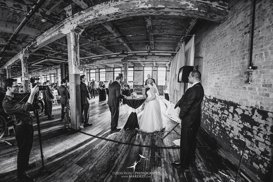 michelle-george-downtown-detroit-grosse-pointe-ford-piquette-plant-wedding-ceremony-reception-industrial-model-t-a-michigan-fall45