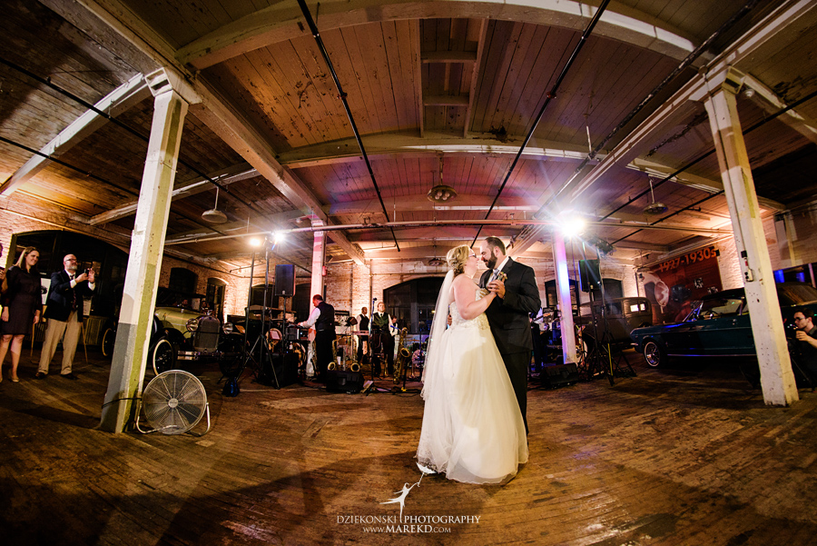 michelle-george-downtown-detroit-grosse-pointe-ford-piquette-plant-wedding-ceremony-reception-industrial-model-t-a-michigan-fall64