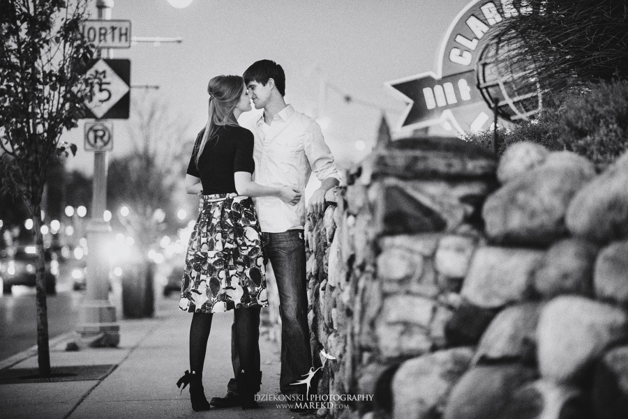 samantha-eric-fall-engagement-session-clarkston-michigan-photographer-metro-detroit-pictures-colors-leaves12