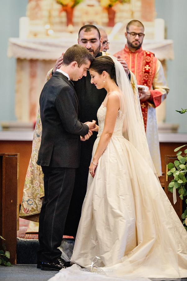 alidz-phil-wedding-ceremony-reception-colony-club-photographer-pictures-fall-armenian-downtown-detroit-michigan35