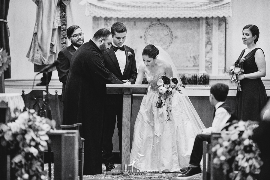 alidz-phil-wedding-ceremony-reception-colony-club-photographer-pictures-fall-armenian-downtown-detroit-michigan38