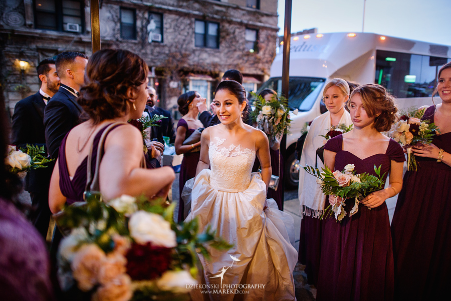alidz-phil-wedding-ceremony-reception-colony-club-photographer-pictures-fall-armenian-downtown-detroit-michigan40