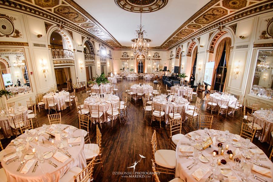 alidz-phil-wedding-ceremony-reception-colony-club-photographer-pictures-fall-armenian-downtown-detroit-michigan41