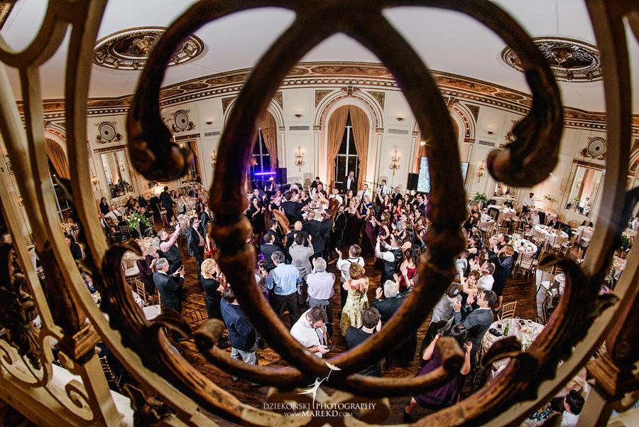 alidz-phil-wedding-ceremony-reception-colony-club-photographer-pictures-fall-armenian-downtown-detroit-michigan56