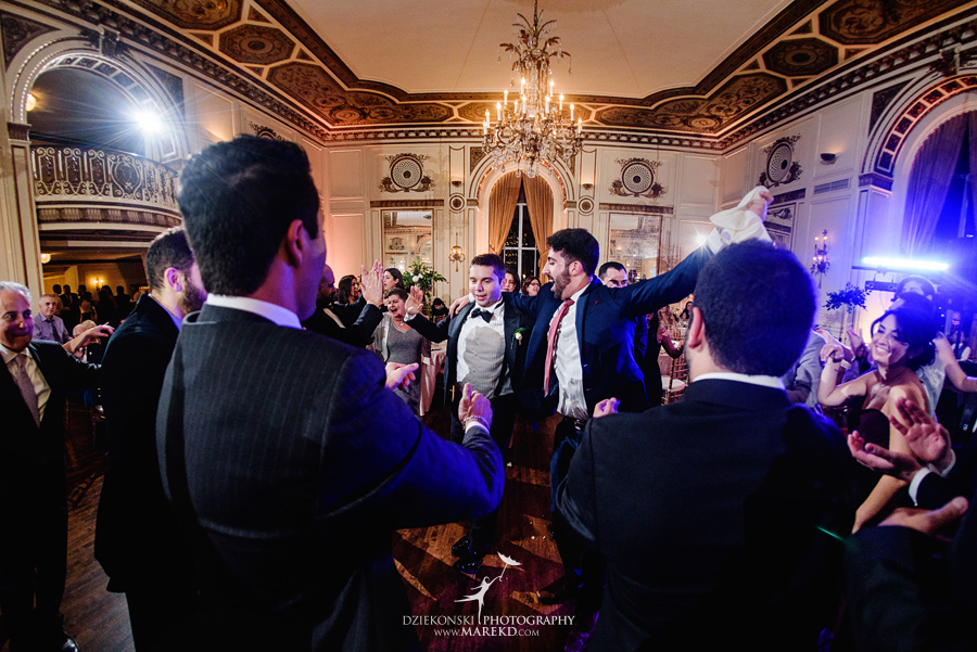 alidz-phil-wedding-ceremony-reception-colony-club-photographer-pictures-fall-armenian-downtown-detroit-michigan62