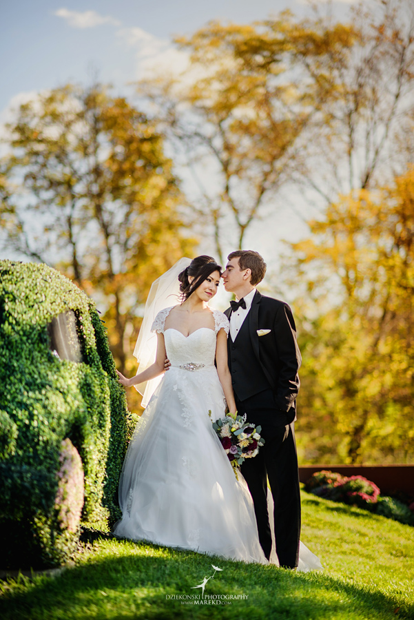 catherine-brian-fall-wedding-ceremony-reception-photographer-pictures-planterra-october-conservatory-west-bloomfield-michigan21