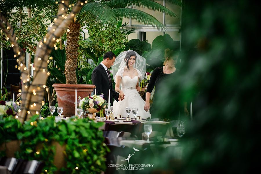 catherine-brian-fall-wedding-ceremony-reception-photographer-pictures-planterra-october-conservatory-west-bloomfield-michigan23