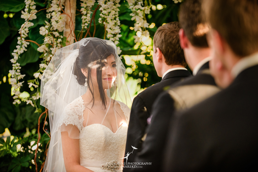 catherine-brian-fall-wedding-ceremony-reception-photographer-pictures-planterra-october-conservatory-west-bloomfield-michigan29