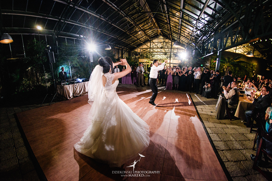 catherine-brian-fall-wedding-ceremony-reception-photographer-pictures-planterra-october-conservatory-west-bloomfield-michigan55