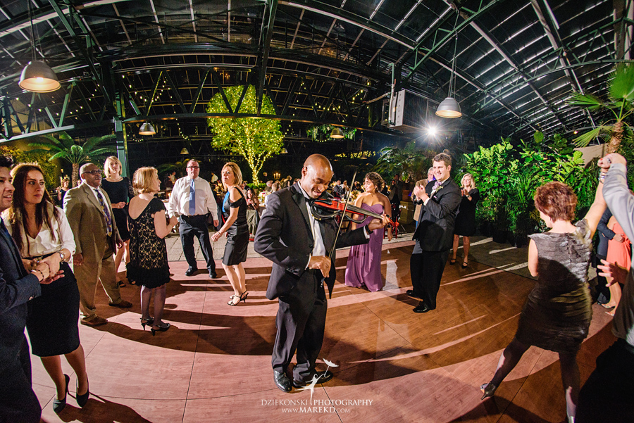 catherine-brian-fall-wedding-ceremony-reception-photographer-pictures-planterra-october-conservatory-west-bloomfield-michigan59