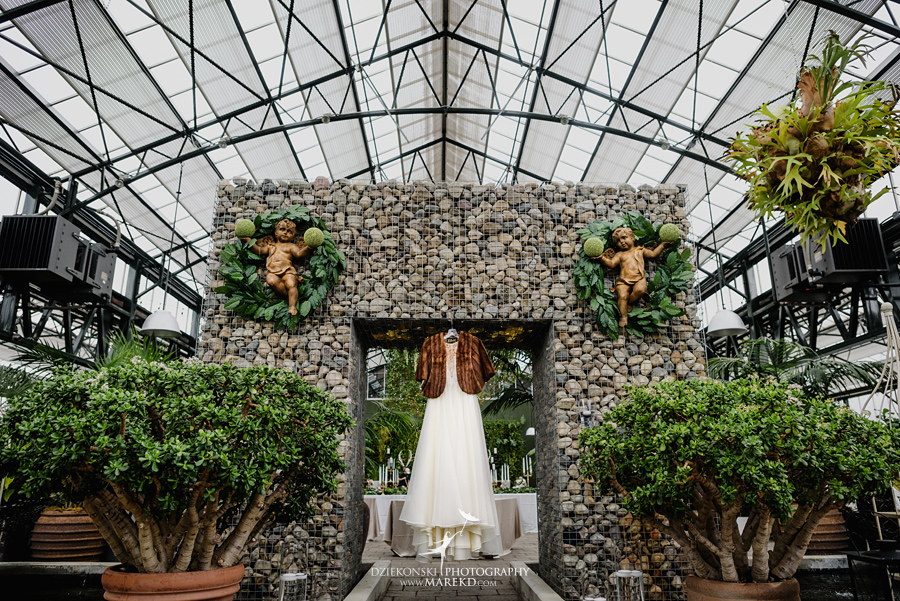 lynn-kirk-planterra-conservatory-ceremony-reception-candle-lit-west-bloomfield-michigan-pictures-photographer07
