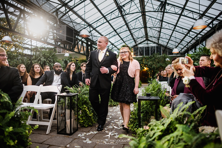 lynn-kirk-planterra-conservatory-ceremony-reception-candle-lit-west-bloomfield-michigan-pictures-photographer26