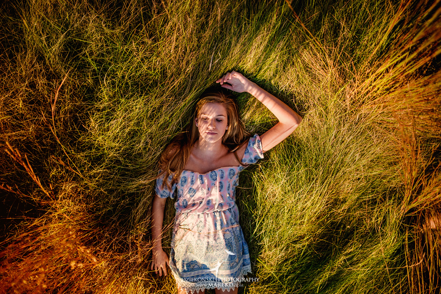 Carly-Sutkiewicz-everest-academy-collegiate-high-school-senior-pictures-nature-unique-different-sunset-clarkston-michigan-best-photographer02