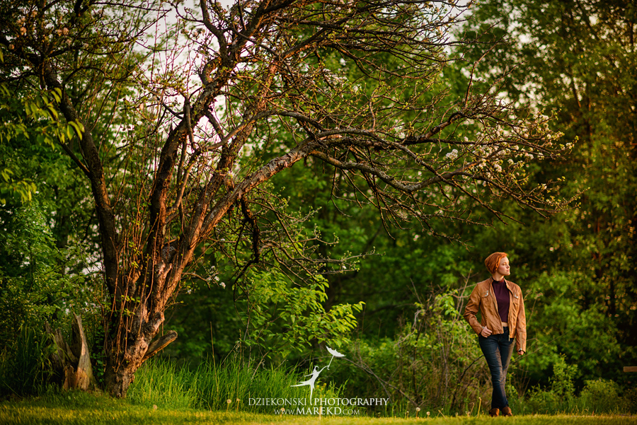 clarkston-michigan-downtown-senior-photographer-pictures-nature-trees-sunset-outfits-ideas-different--spring-marek-photography09
