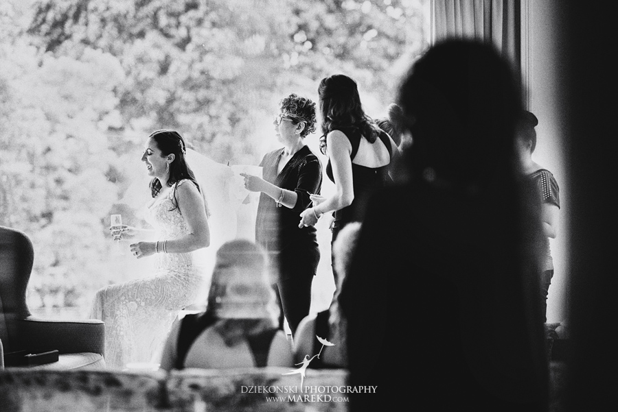 mara-scott-detroit-golf-course-wedding-ceremony-reception-outdoor-spring-photographer-pictures-ideas-michigan15