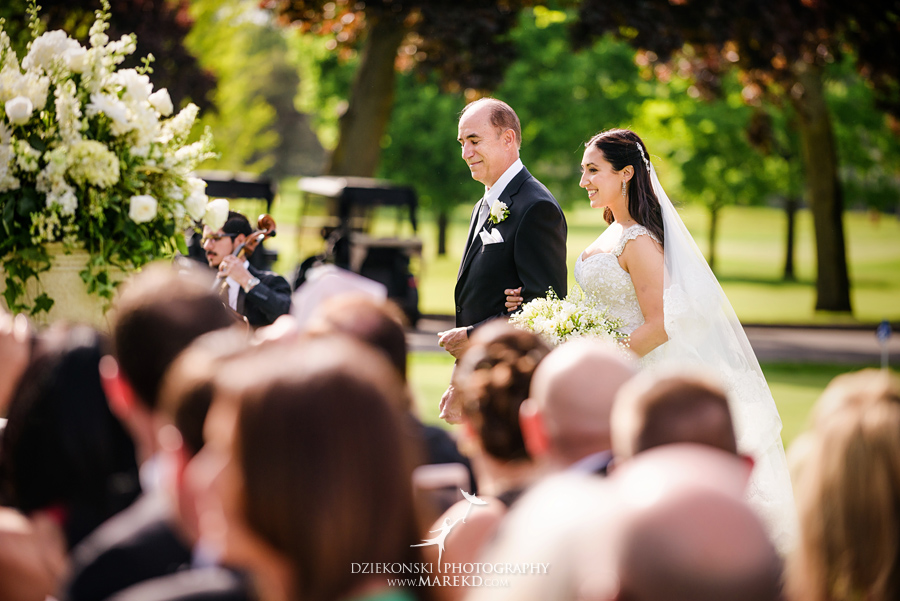 mara-scott-detroit-golf-course-wedding-ceremony-reception-outdoor-spring-photographer-pictures-ideas-michigan34