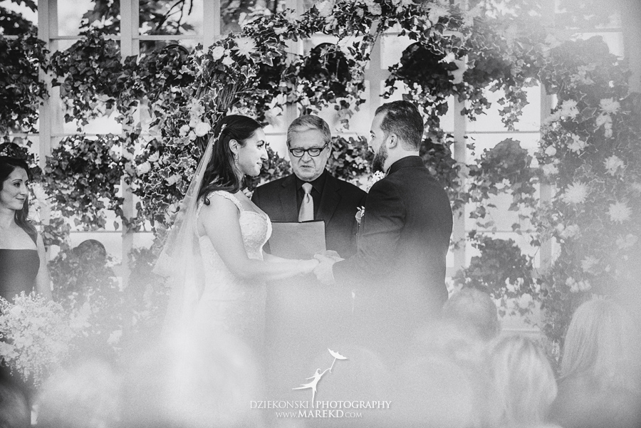 mara-scott-detroit-golf-course-wedding-ceremony-reception-outdoor-spring-photographer-pictures-ideas-michigan38