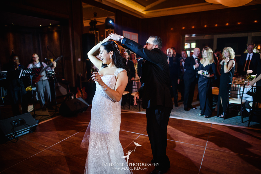 mara-scott-detroit-golf-course-wedding-ceremony-reception-outdoor-spring-photographer-pictures-ideas-michigan49