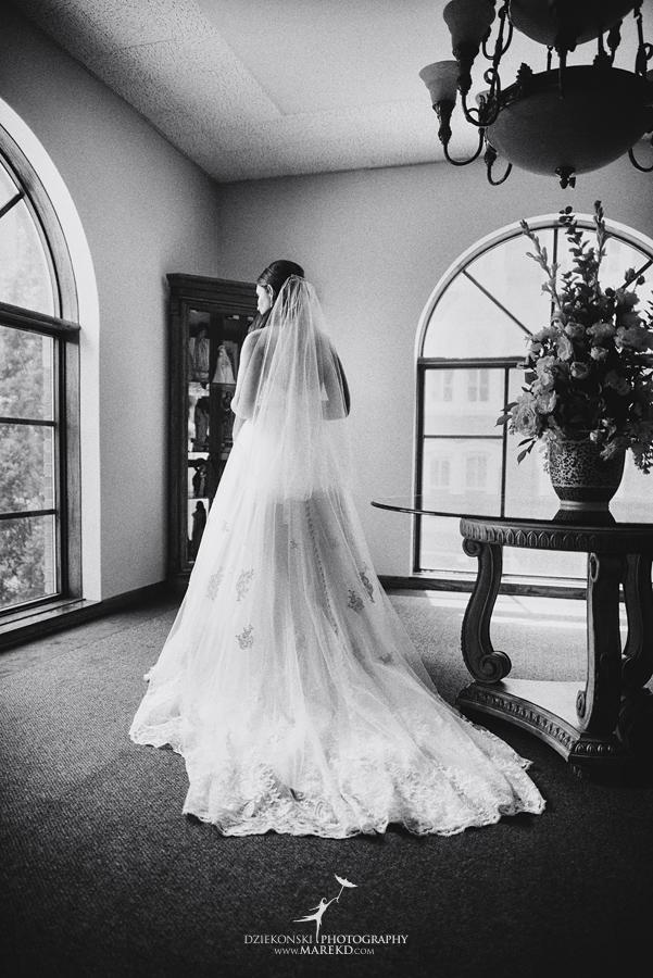 mary-dan-wedding-ceremony-mass-reception-old-st-marys-detroit-michigan-boulder-pointe-golf-club-oxford-spring09