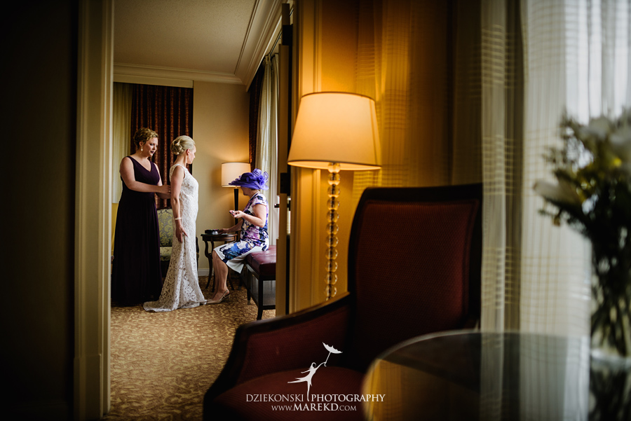 Lauren-Kevin-centerpoin-marriott-bloomfield-hills-st-hugo-of-the-catholic-church-ceremony-reception-wedding-pictures-photographer-michigan10