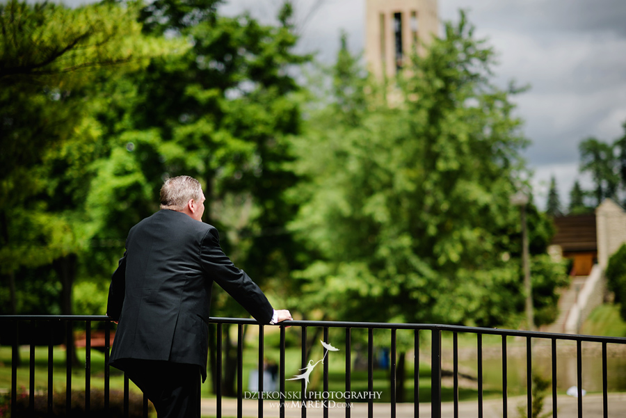 Lauren-Kevin-centerpoin-marriott-bloomfield-hills-st-hugo-of-the-catholic-church-ceremony-reception-wedding-pictures-photographer-michigan16