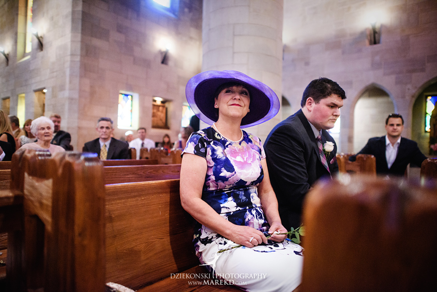 Lauren-Kevin-centerpoin-marriott-bloomfield-hills-st-hugo-of-the-catholic-church-ceremony-reception-wedding-pictures-photographer-michigan21