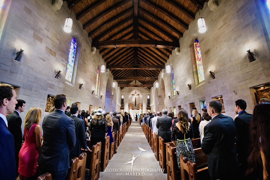 Lauren-Kevin-centerpoin-marriott-bloomfield-hills-st-hugo-of-the-catholic-church-ceremony-reception-wedding-pictures-photographer-michigan26