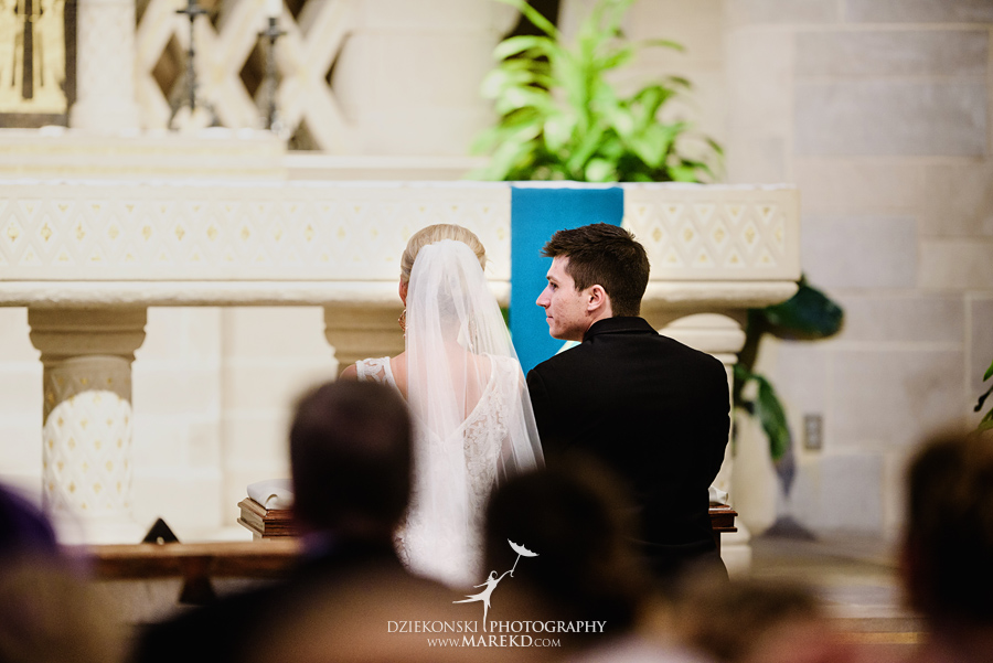 Lauren-Kevin-centerpoin-marriott-bloomfield-hills-st-hugo-of-the-catholic-church-ceremony-reception-wedding-pictures-photographer-michigan27