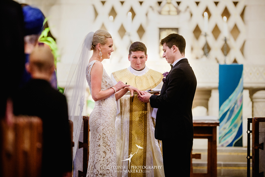 Lauren-Kevin-centerpoin-marriott-bloomfield-hills-st-hugo-of-the-catholic-church-ceremony-reception-wedding-pictures-photographer-michigan28