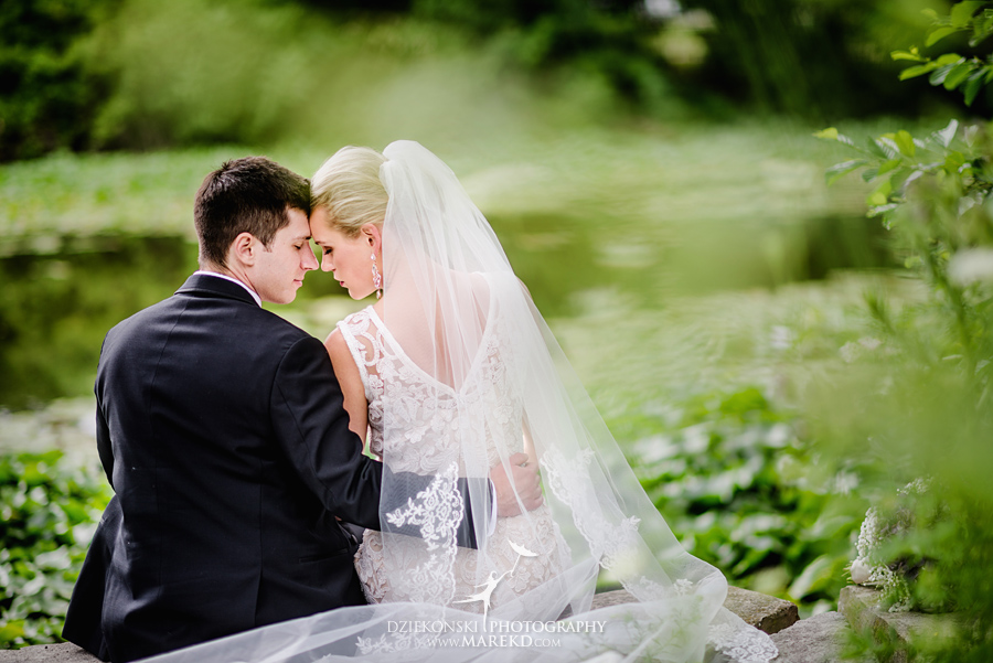 Lauren-Kevin-centerpoin-marriott-bloomfield-hills-st-hugo-of-the-catholic-church-ceremony-reception-wedding-pictures-photographer-michigan49