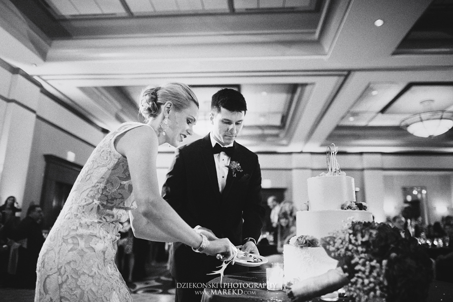 Lauren-Kevin-centerpoin-marriott-bloomfield-hills-st-hugo-of-the-catholic-church-ceremony-reception-wedding-pictures-photographer-michigan55