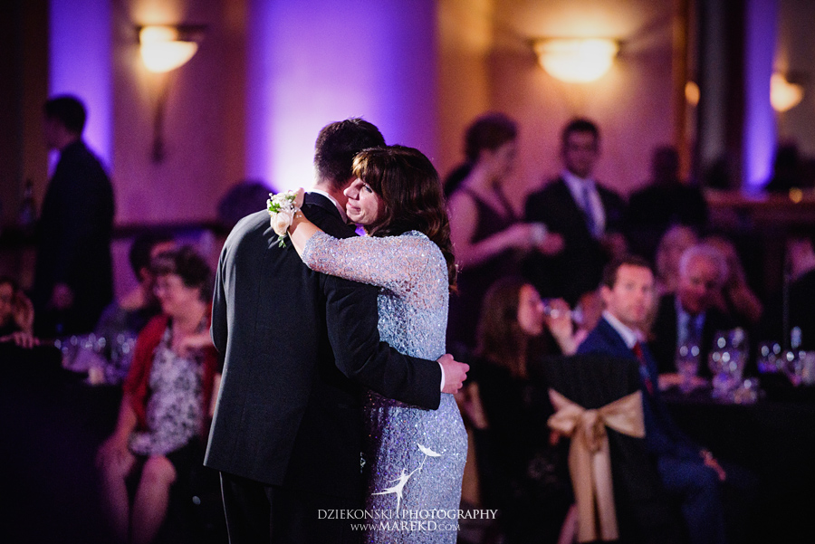 Lauren-Kevin-centerpoin-marriott-bloomfield-hills-st-hugo-of-the-catholic-church-ceremony-reception-wedding-pictures-photographer-michigan66