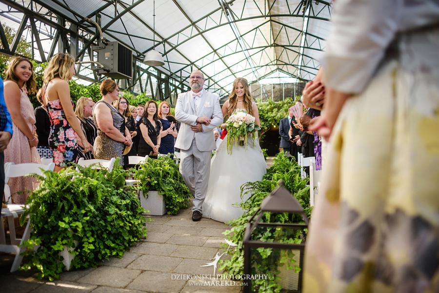 Planterra-samantha-eric-wedding-eremony-reception-greenhouse-botanical-ideas-pictures-photos-photographer-detroit-bloomfield30