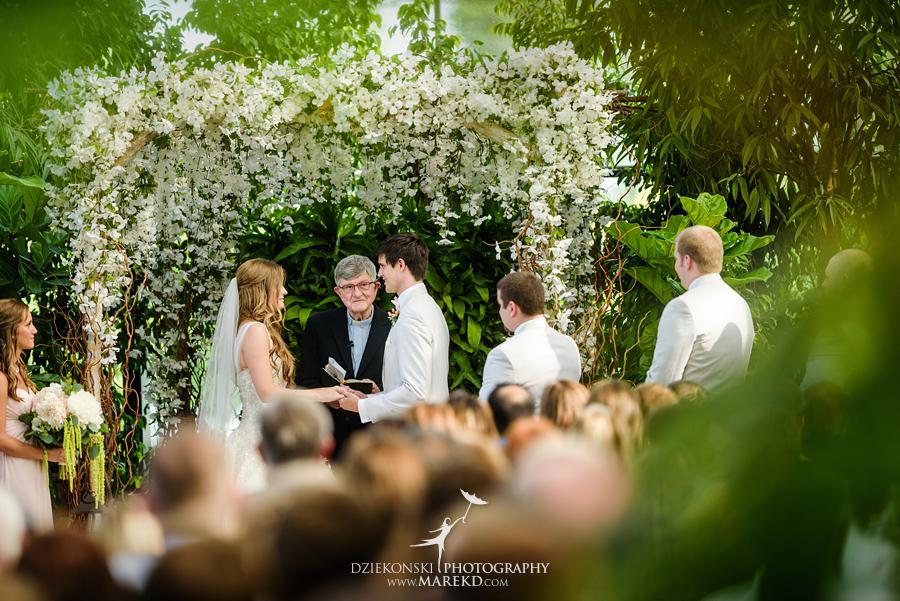 Planterra-samantha-eric-wedding-eremony-reception-greenhouse-botanical-ideas-pictures-photos-photographer-detroit-bloomfield36
