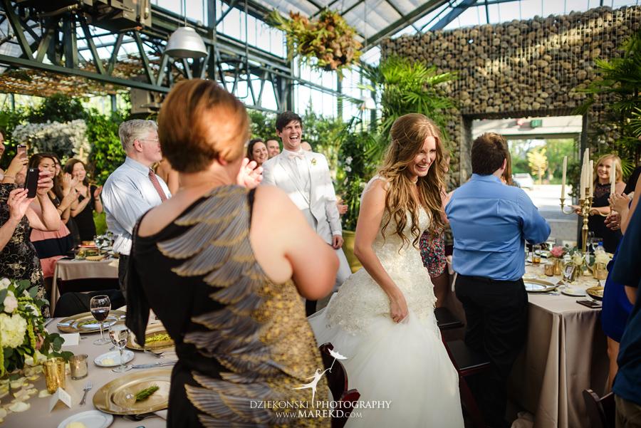 Planterra-samantha-eric-wedding-eremony-reception-greenhouse-botanical-ideas-pictures-photos-photographer-detroit-bloomfield45