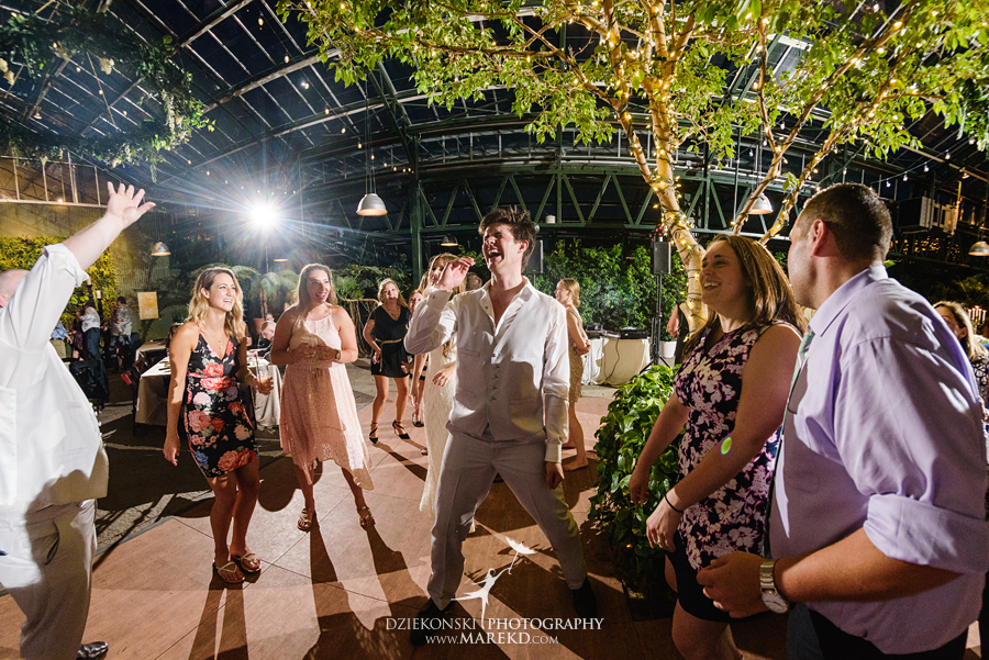 Planterra-samantha-eric-wedding-eremony-reception-greenhouse-botanical-ideas-pictures-photos-photographer-detroit-bloomfield67