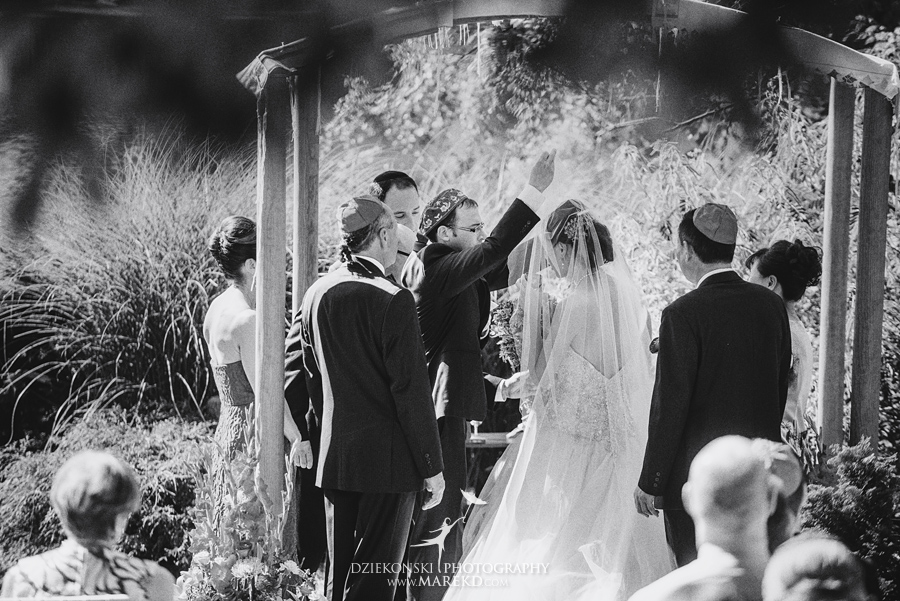 alyson-ronnie-ceremony-reception-backyard-wedding-photographer-michigan-bloomfield-hills-chinese-traditions31