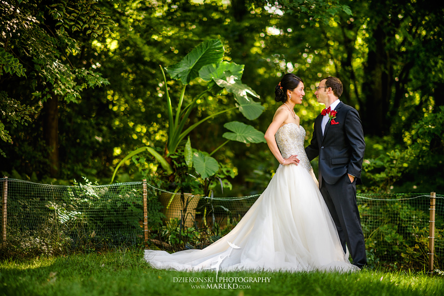 alyson-ronnie-ceremony-reception-backyard-wedding-photographer-michigan-bloomfield-hills-chinese-traditions43